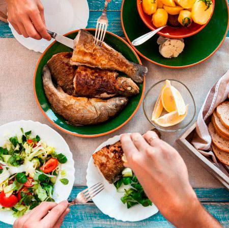 comiendo-pescado-ok